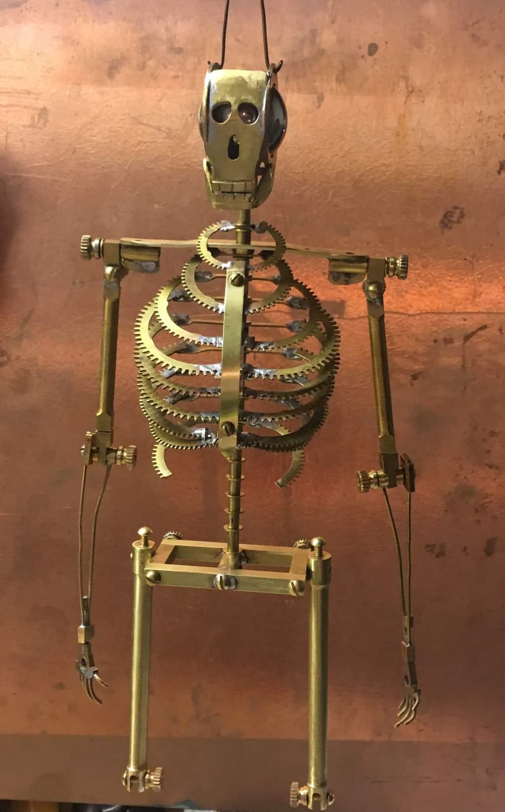 27 Hips on skeleton
